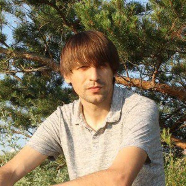 Михаил Петров